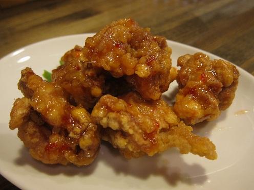 鶏の唐揚げスイートチリソース